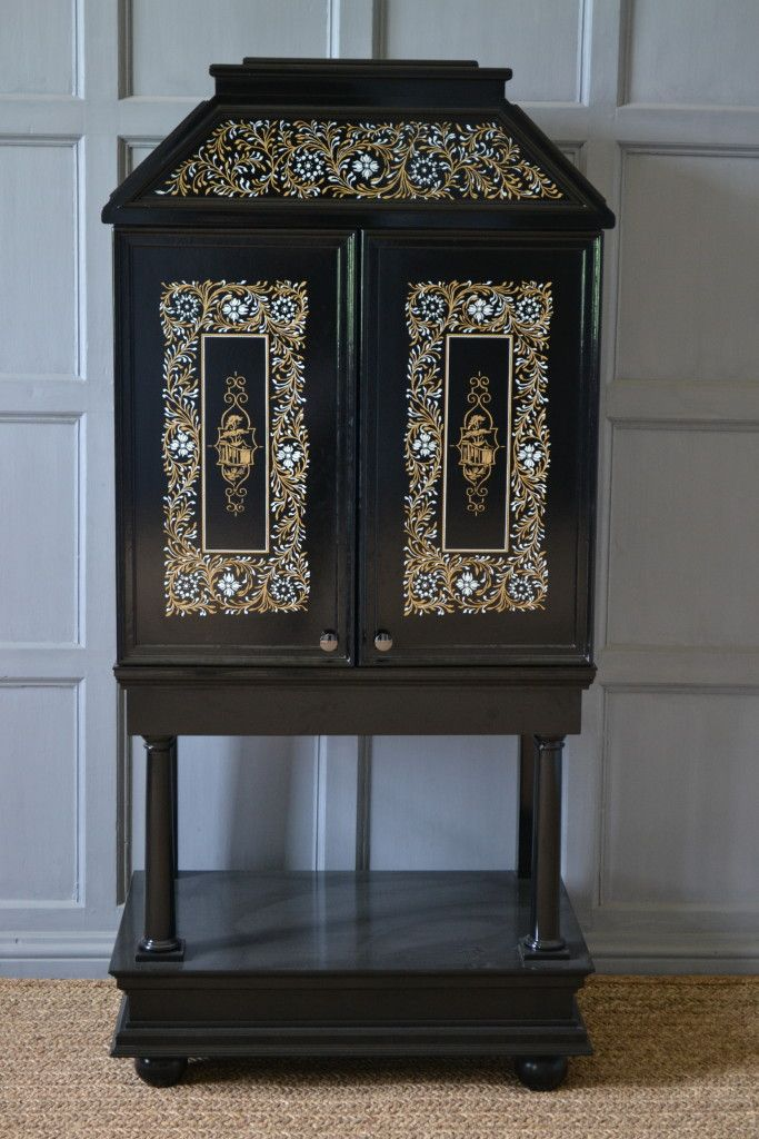 We designed the pattern for the highly decorated lacquer cabinet in William's bedroom